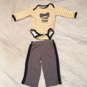 "Baby gear"" gold and white two piece outfit 0-3 mon"